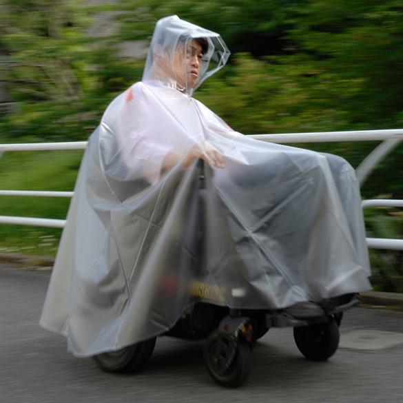 電動車いすでもすっぽりカバー 送料無料激安祭 ピロレーシング 車いす用レインコートXL 爆売りセール開催中