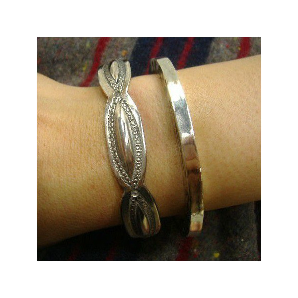 LARRY-SMITH(拉力赛史斯密)Silver Jewelry[Leaf Bangle Bracelet]~Silver 950~银子/手镯/手镯/配饰!!