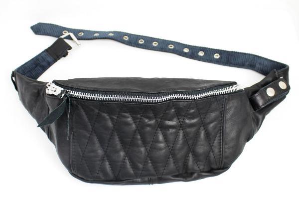 正規取扱店 SCHOTT(ショット) PADDED BODY BAG(パッデッド ボディー バッグ) BLACK ブラック