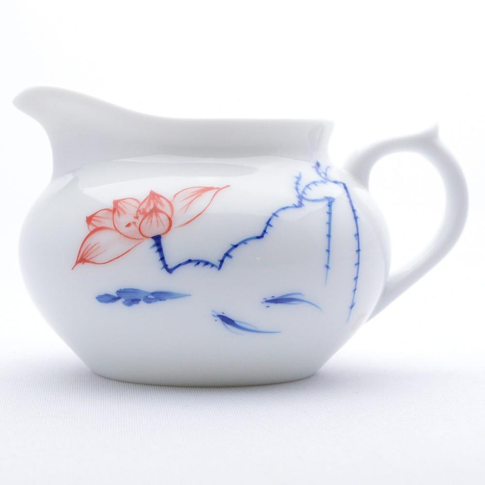 手書きの青花磁器シリーズ 170mlとややこぶりの茶海です 蓮彩茶海 2020 新作 青花磁器 170ml 海外並行輸入正規品