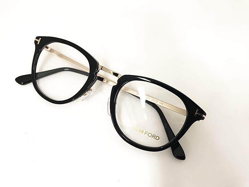 TOM FORD(トムフォード) TF5466 001 正規品 眼鏡 メガネ フレーム メンズ レディース ギフト 黒 ブラック ダテ ボストン 人気 コンビ