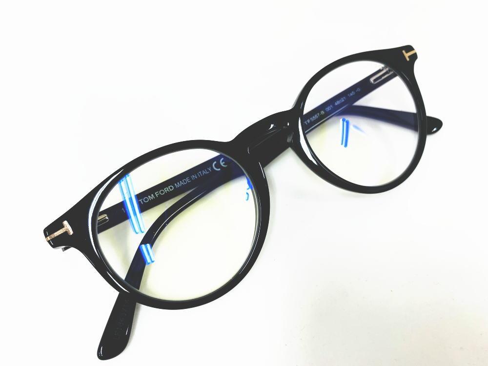 TOM FORD(トムフォード) TF5557-B 001 正規品 新作 ブルーライトカットレンズ 眼鏡 メンズ レディース ギフト 黒色 ブラック ゴールド 丸眼鏡 ボストン キーホール 定価46,200円