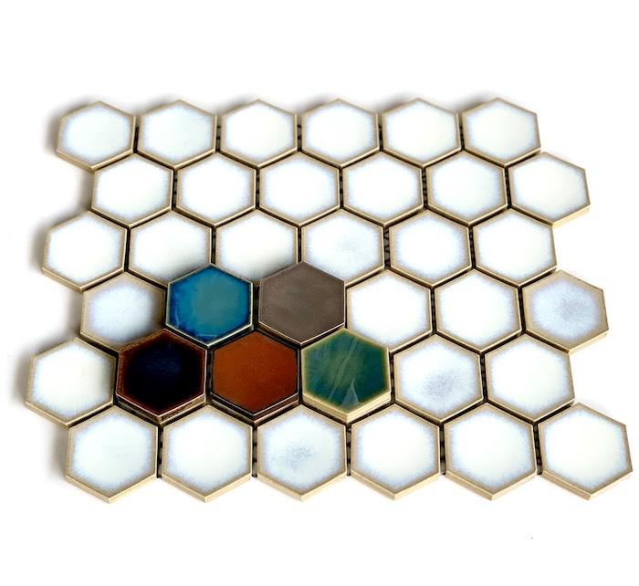 1シート 36個付き ヘキサグレイズ セットアップ HEXAGLAZE 六角形タイル 2020新作 裏ネットシートDIY 陶磁器 六角形 ヘキサゴンタイルタイル インテリアにもオススメの や