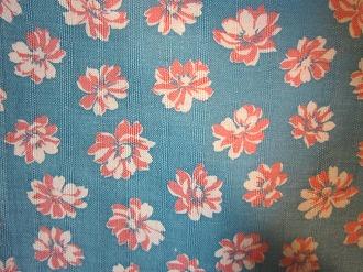 feedsack 物品 パッチワーク 新色追加して再販 キルト ハンドメイド 小物作りに フィードサック 16サイズ ブルー地ピンクお花 1