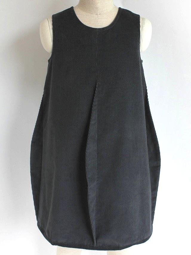 Quelle Tre クエッレ・トレコーデュロイ 4タックドレス《グレー 135cm》