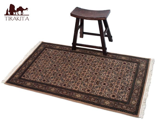 手織りのインド絨毯【約157cm x 約90cm】 / ラグ マット 手織り絨毯 送料無料 レビューでタイカレープレゼント あす楽