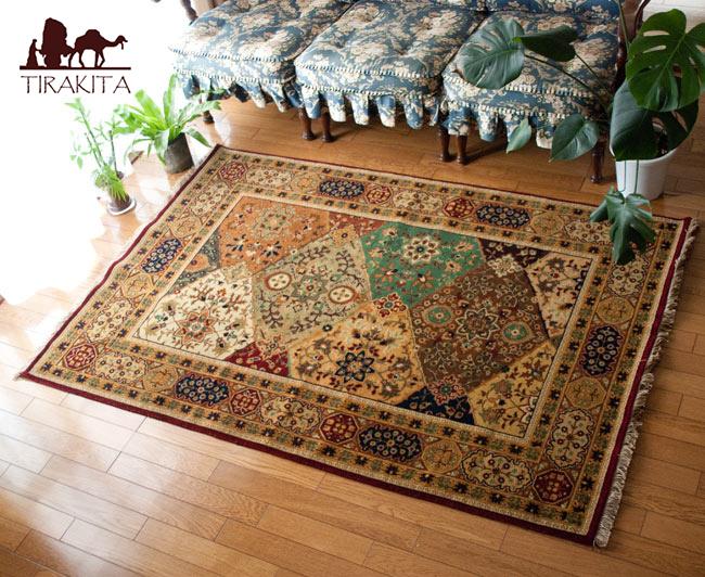 手織りのインド絨毯【約180cm x 約122cm】 / ラグ マット 手織り絨毯 送料無料 レビューでタイカレープレゼント あす楽
