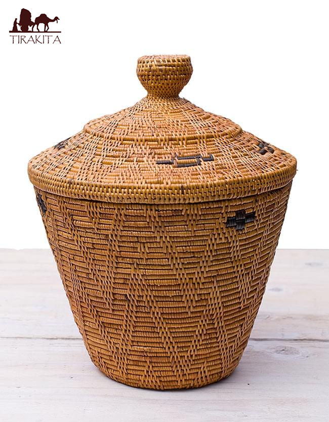 In The Tenganan Village Lidded Storage At Basket In [about 30 Cm In Height,  ATA, ATA Basket
