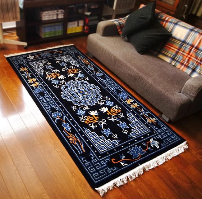 【楽天市場】【送料無料】 【高密度】手織りのチベット絨毯【約90cm×約180cm】 / ラグ マット ネパール