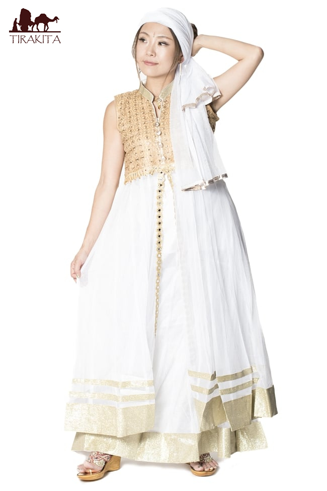 店内全品エントリーでポイント5倍 サフェードのパンジャビドレス 4点セット 白×金色 / インド パンジャービードレス ベースが白/ベースがクリーム色 送料無料 レビューでタイカレープレゼント あす楽