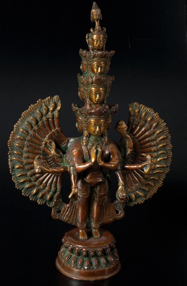 エーカダーシャムカ・アヴァローキテーシュヴァラ - 十一面観音菩薩 36cm / ネパール 像 神様 送料無料 あす楽