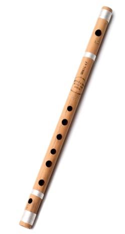 フルート 楽器 とても柔らかい音を出すインド版フルート 本体は竹製で 巻いてある紐はシルクの高級品です バンスリとは バンスリ 通常管 管楽器 買い取り エスニック楽器 ヒーリング楽器 Bansli インド インド楽器 新品未使用 民族楽器