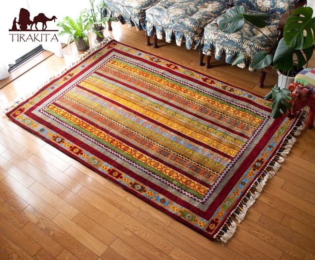手織りのインド絨毯【約183cm x 約122cm】 / ラグ マット 手織り絨毯 送料無料 レビューでタイカレープレゼント あす楽