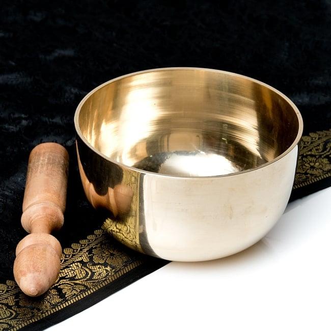 【送料無料】 シンプルシンギングボウル 14.7cm / シンギングボール Singing Bowl 仏教 楽器 瞑想 民族楽器 インド楽器 エスニック楽器 ヒーリング楽器
