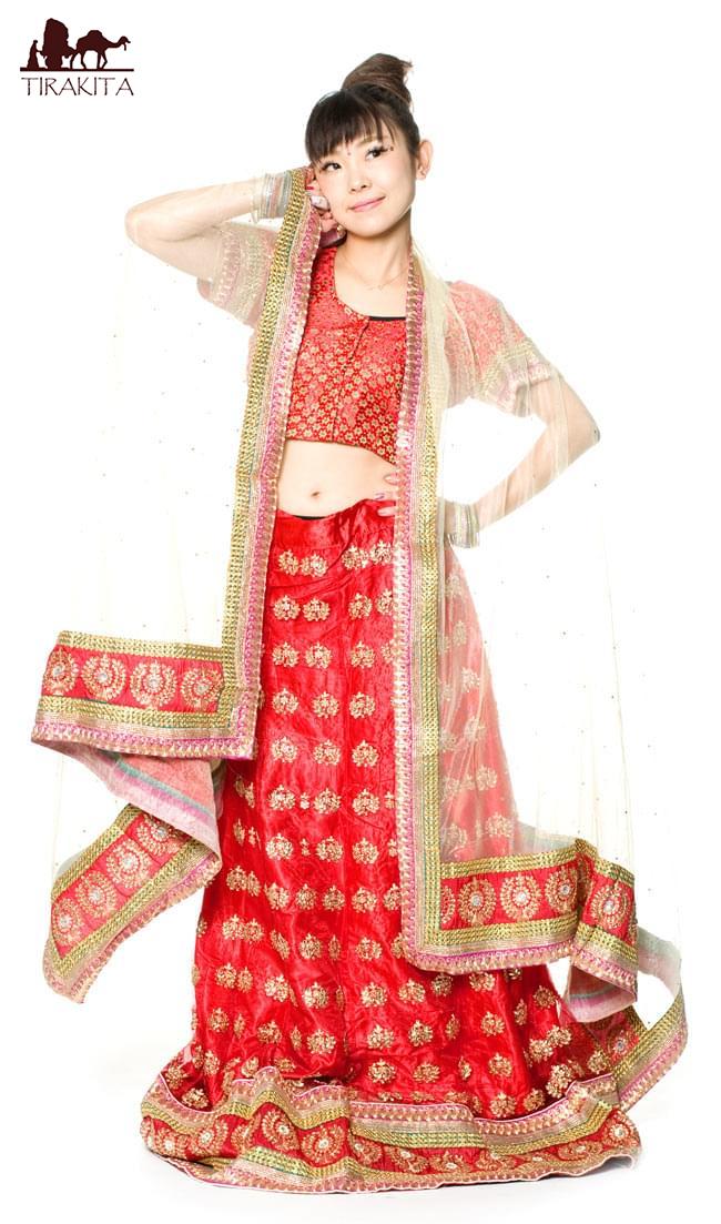 【送料無料】 【1点物】インドのレヘンガ 【赤×ベージュ】 / ドレス ウェディング レンガ サリー レディース 女性物 エスニック衣料 アジアンファッション エスニックファッション
