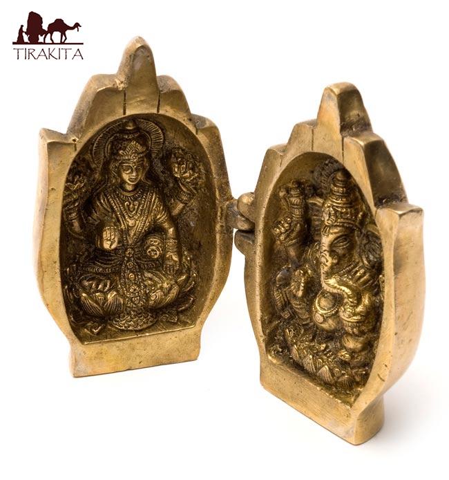 タイムセール 送料無料 あす楽 仏像 置物 重厚な存在感 新品未使用正規品 手に包まれたラクシュミとガネーシャ 雑貨 エスニック 神様 アジア インド