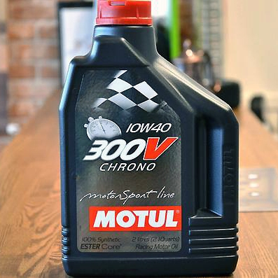 MOTUL モチュール300V クロノ  2Lボトル【smtb-TK】