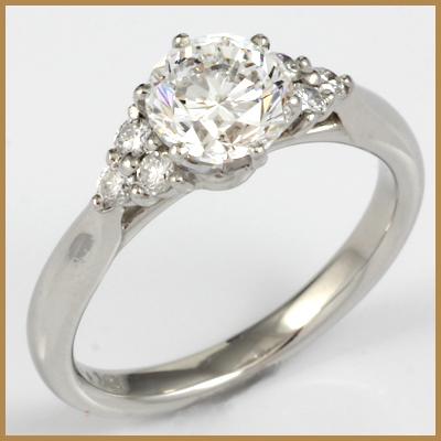 【送料無料】【中古】◎PT900 ダイヤモンドリング 指輪 D1.16/D0.19 鑑別書付き おしゃれ レディース 女性 かわいい 可愛い オシャレ 価格見直し3005