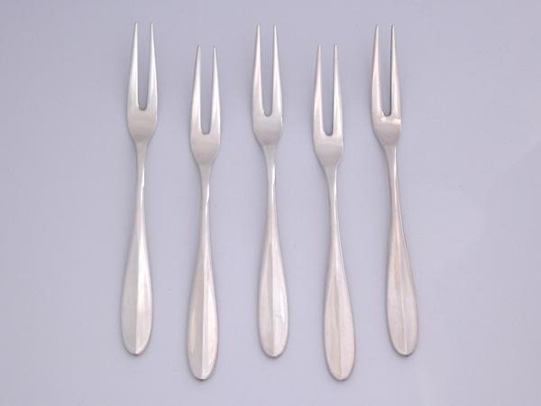 【送料無料】【中古】純銀 銀製フルーツフォーク 5本セット
