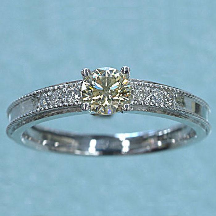 K18WG ダイヤモンド リング(0.4)素晴らしい輝きです! イエロー ダイヤ 指輪 ホワイトゴールド