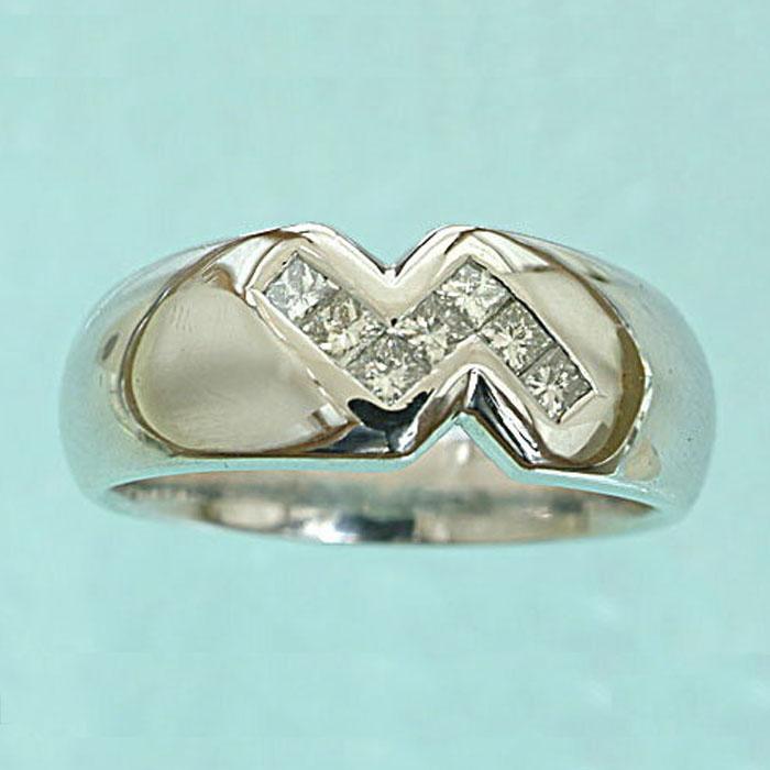 Pt ダイヤモンド ファッションリング 幅広(0.3ct)自慢のプラチナ台! ダイヤ リング 指輪 プラチナ