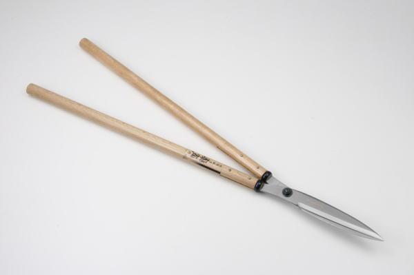 セキカワ 刈込鋏 [左藤蔵] (鋭刃 210mm 青紙2号 白樫二尺柄) HC-1005
