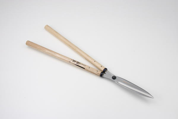 セキカワ 刈込鋏 [左藤蔵] (鋭刃 210mm 青紙2号 白樫尺五寸柄) HC-1009