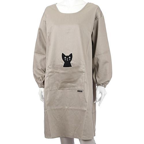 市場価格 マタノアツコ 大規模セール ATSUKO MATANO ベージュ 日本製 背ボタン型かっぽう着 かつらぎのひょっこり黒猫 ファッション通販
