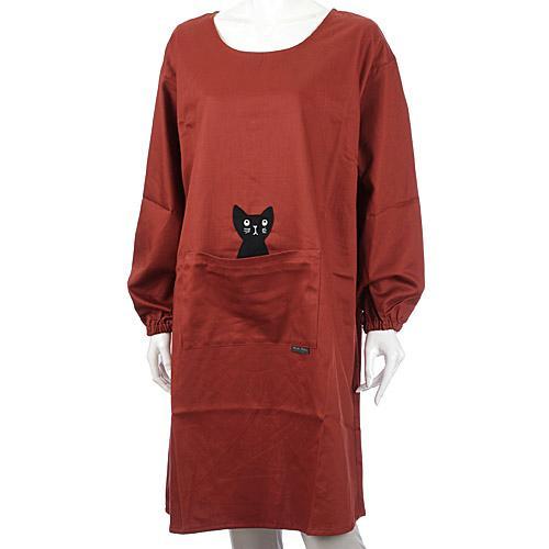 市場価格 マタノアツコ ATSUKO MATANO 背ボタン型かっぽう着 2020A お買い得品 W新作送料無料 かつらぎのひょっこり黒猫 日本製 モカブラウン