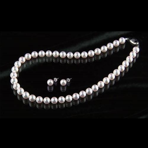 花珠8.5~9mm大玉高級本真珠ネックレス&8.5mm以上ピアス