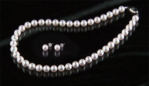 花珠9~9.5mm和珠高級本真珠ネックレス 9mm以上ピアス