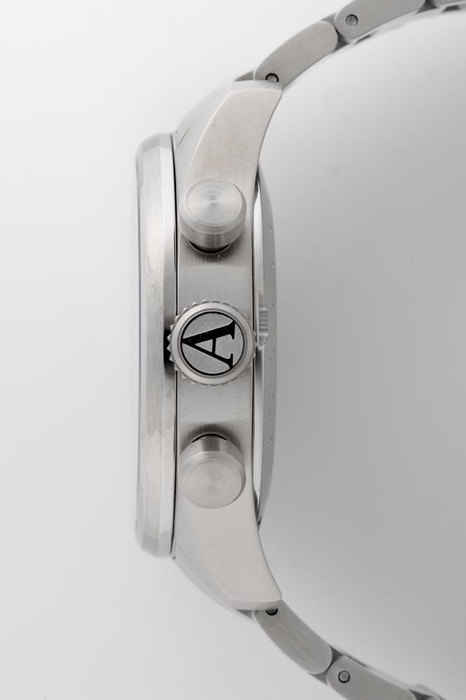 正規品 AVIATOR アビエイター V.2.25.0.169.5 エアラコブラ P45 クロノグラフ クォーツ 腕時計