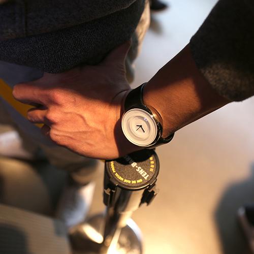 正規品 TACS タックス TS1006A ドロップ 腕時計