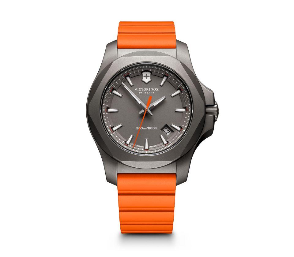 正規品 VICTORINOX ビクトリノックス 241758 I.N.O.X. TITANIUM イノックス チタニウム 腕時計