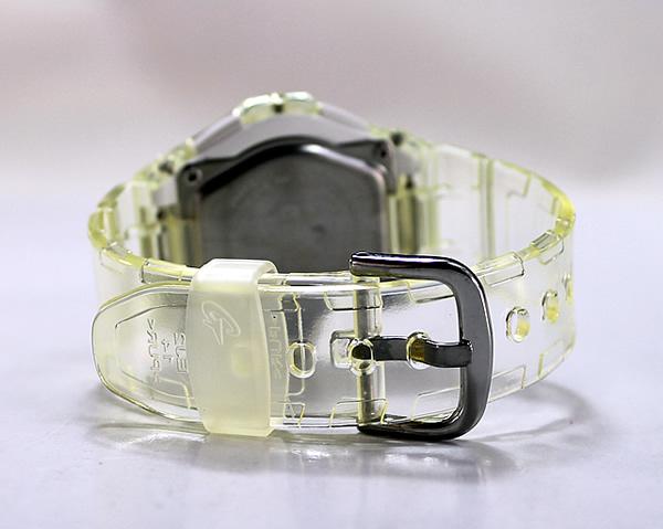 卡西欧的宝宝-g 在日本未发布的模型 BGA-100-7B2DR 清除白色可爱女孩流行晶美拨号系列设计