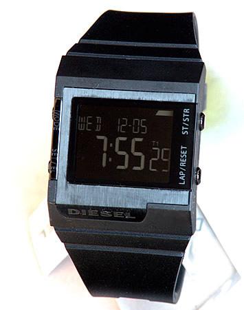 柴油柴油柴油手表 DZ7150 黑色翻转液晶屏拨号-橡胶皮带男式女式中性海外模型