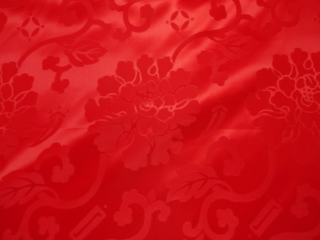 輸入 50cm単位のカット販売 金襴布の裏地などに和柄 生地 布 和柄生地 綸子 りんず エステル 牡丹 切り売り 布地 ストア 花柄布 和風 和柄 50cm単位 赤 はぎれ 通販