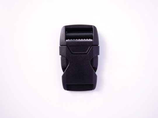 YKK LB25X プラスチック バックル 秀逸 25mm巾用 配送員設置送料無料 ベルトの長さ調節などに 黒