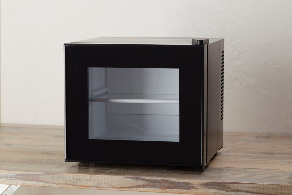 【送料無料】コスメ用ミニ冷蔵庫 Peltism ペルチィズム 10L 1ドア冷蔵庫 ペルチェ式 ブラック AB-10L 小型冷蔵庫 ディスプレイ冷蔵庫