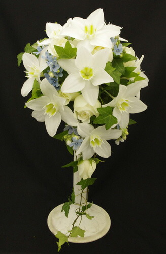 Oval Bouquet Of Fresh Flower Wedding Bouquets As With Boutonniere Ginza Florist Tokyo