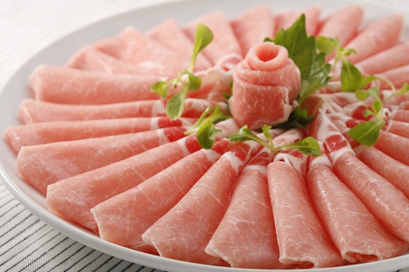 東京グルメ行列店絶賛 食べれば分る 他の豚肉との美味しさの違い しゃぶしゃぶや新鮮野菜巻など様々な料理に使いやすい1.5mmの薄さにスライス 引き出物 SPF岩中豚ロース しゃぶしゃぶ用約500g 厚さ 約1.5mm 10222 焼肉 しゃぶしゃぶ 鍋 サラダ すき焼き 新着 ビタミンE 自宅居酒屋 お祝い 自宅料理 脂がうまい パーティー ブランド 冷しゃぶ 宅飲み おうち時間 記念日 甘い 作りおき 父の日