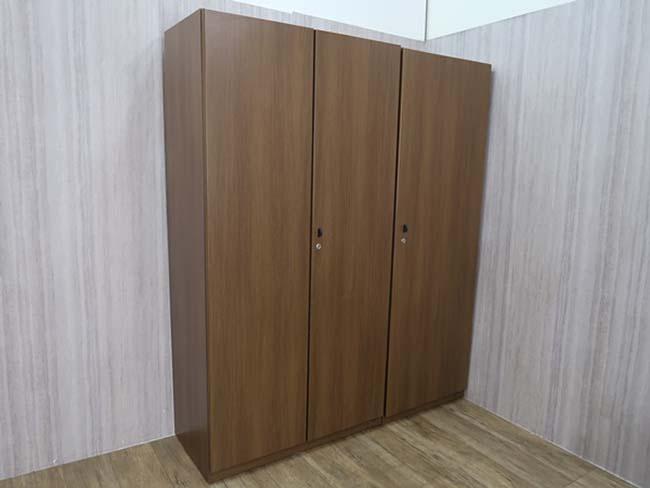 オカムラ 役員用木製家具 DX-4シリーズ 書棚+ワードローブ2点セット