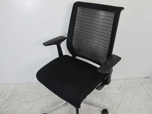 スチールケース シンク オフィスチェア 3Dニットメッシュ 固定肘 ポリッシュ脚 ブラック