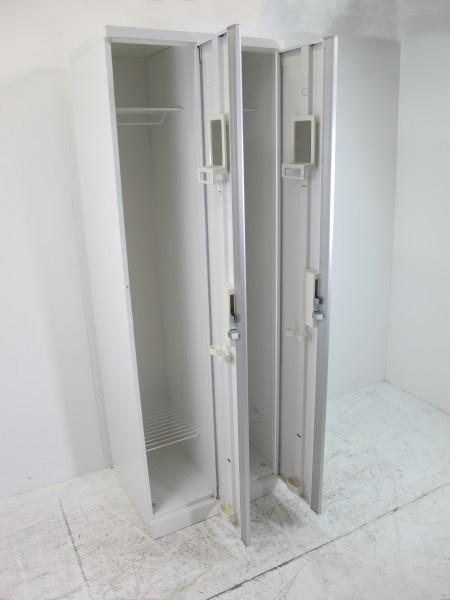两个okamura SW型存物柜用新白W600×D515×H1790
