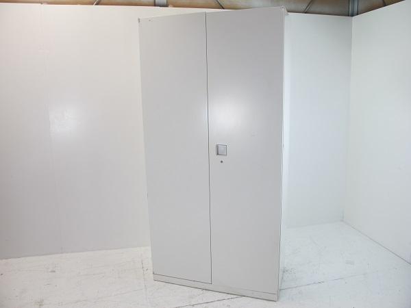 オカムラ レクトライン スタンダードタイプ ワードローブ ベース付 ホワイト 900W 450D 1890H
