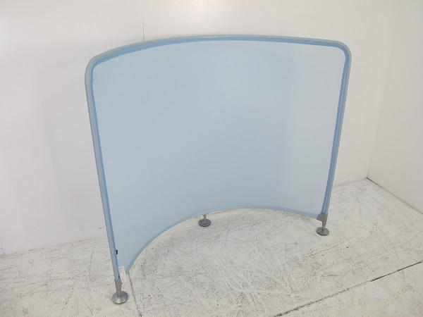 コクヨ ワークリンク メッシュスクリーン ホワイトブルー W1380 D480 H1170