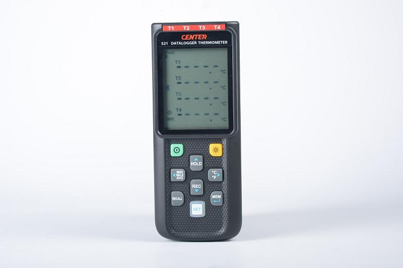 【送料無料】CENTER社 [CENTER-521]デジタルBluetooth送信機能温度計(K、J、E、T型4つ入力データロガー)