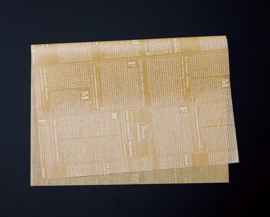 TOMIZ cuoca(富澤商店・クオカ)クッキングペーパー シート ニュース茶 フレンチサイズ / 500枚 袋・ロール ワックスペーパー