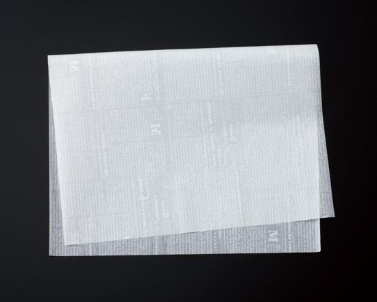 TOMIZ cuoca(富澤商店・クオカ)クッキングペーパー シート ニュース白 6取サイズ / 500枚 袋・ロール ワックスペーパー