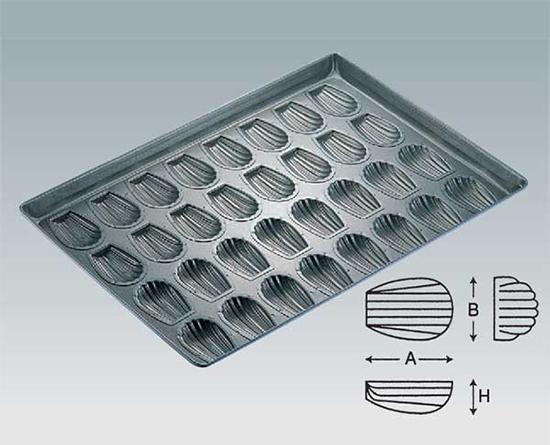 TOMIZ cuoca(富澤商店・クオカ)プロアスター貝型天板 32面 / 1枚 お菓子作りの型 マドレーヌ・フィナンシェ 天板型(フレンチ・6取サイズ)